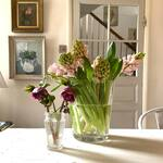 I walked to the market this morning, to buy flowers. For the first time, in what feels like months, I didn't have to dress for an expedition to the Arctic. Amazing how happy that made me 🌸  . . . . #interiorstyling #hyacinths #hellebores #springflowers #awhiffofspring #foreverfaffing #myhome #cornersofmyhome #georgianinteriors #georgianhome #countryliving #countrylivingsyle #countrybrocante #brocantestyle #brocante #decorativeliving